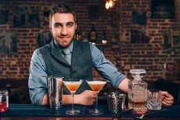 Hohes Berufsunfähigkeitsrisiko für Barkeeper